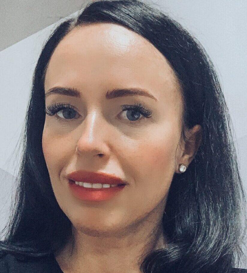 Cristina-Nicoleta Apetrei