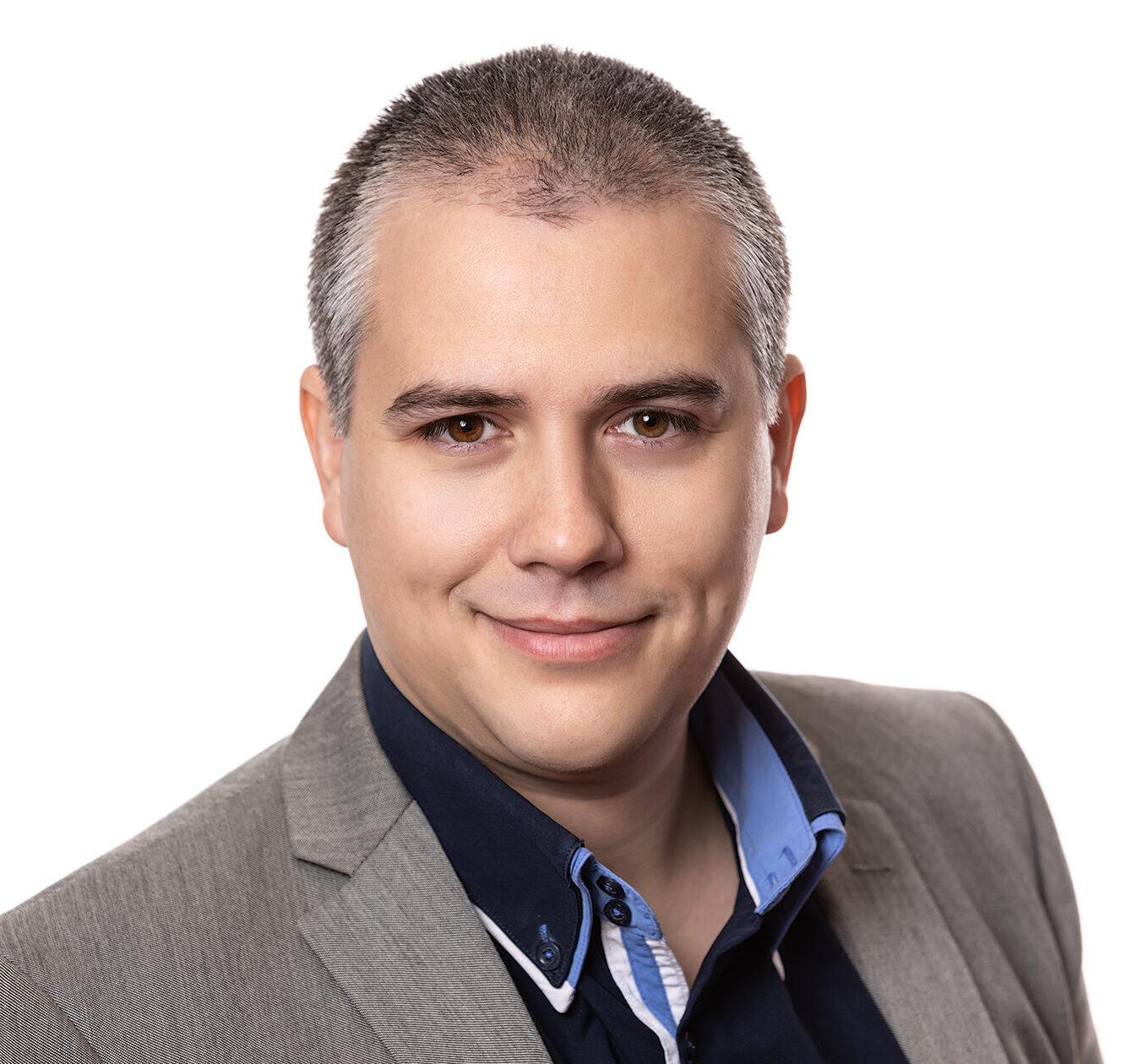 Adrian_Vasile
