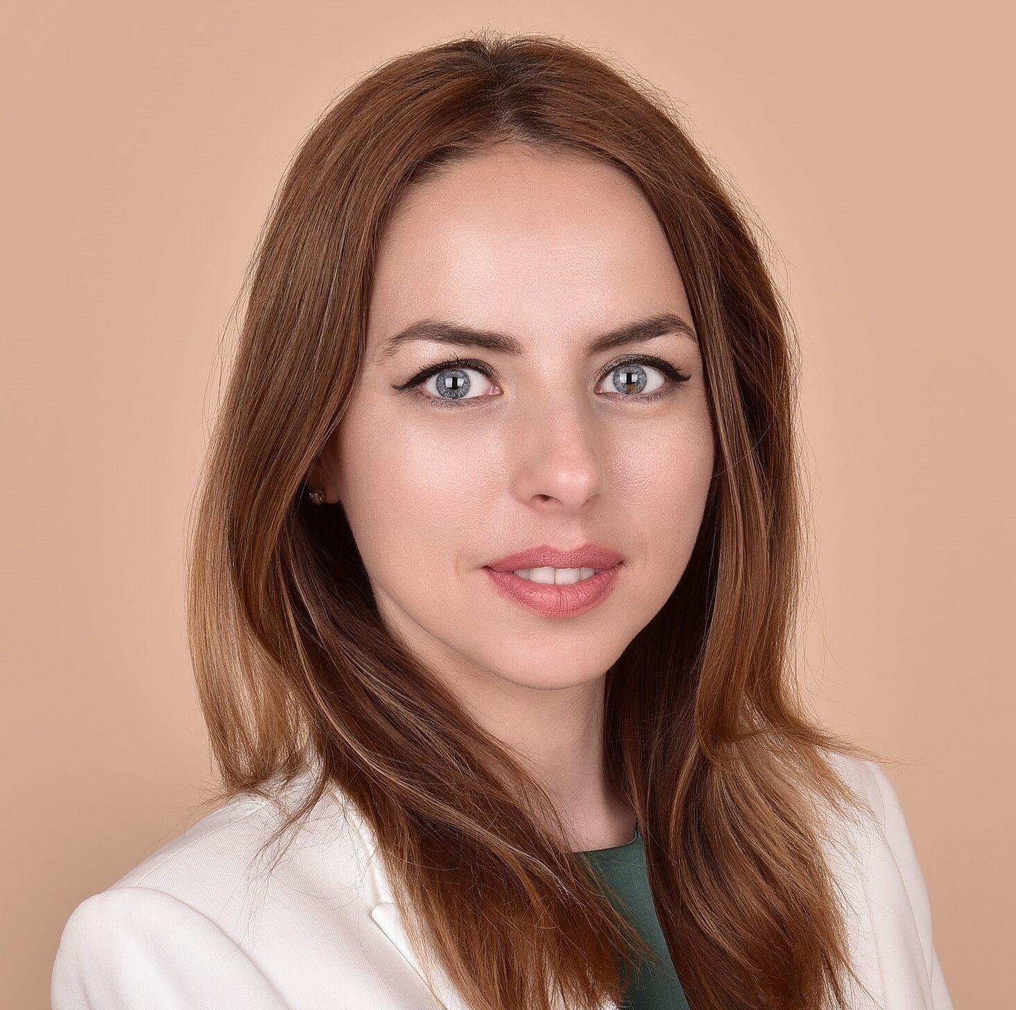 Anemari Ionescu – poza profil