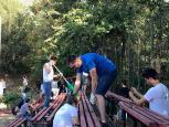 Bring joy to the Village - demontat tribuna